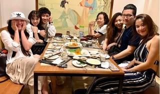 Hari Won đi ăn với gia đình Trấn Thành sau khi bỏ lỡ sinh nhật mẹ chồng