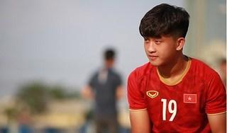 HLV Dương Hồng Sơn hết lời ngợi khen tiền đạo Trần Danh Trung