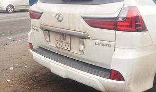 Xe Lexus 570 biển ngũ quý 7 tông người phụ nữ đi xe máy tử vong