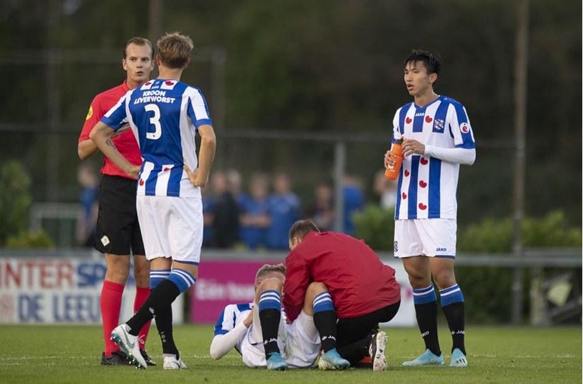 SC Heerenveen thua tan nát trước đội bóng ngang cơ
