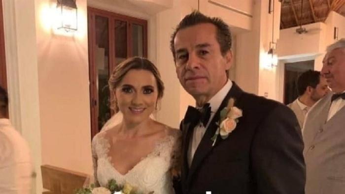 Cựu thị trưởng Mexico lấy con dâu sau khi con trai qua đời 3 năm