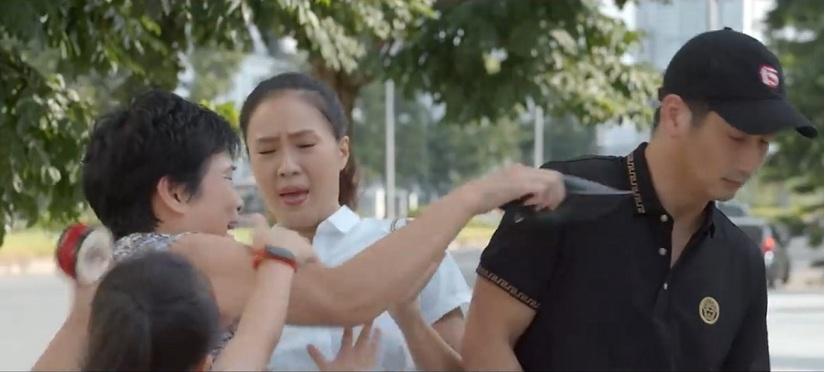 Hoa hồng trên ngực trái tập 28: Tấm vé số độc đắc  rơi vào tay Thái, mẹ chồng đến gặp Sam để hàn gắn