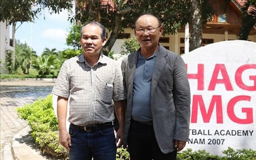 Bầu Đức tiết lộ sự thật bất ngờ về HLV Park Hang Seo