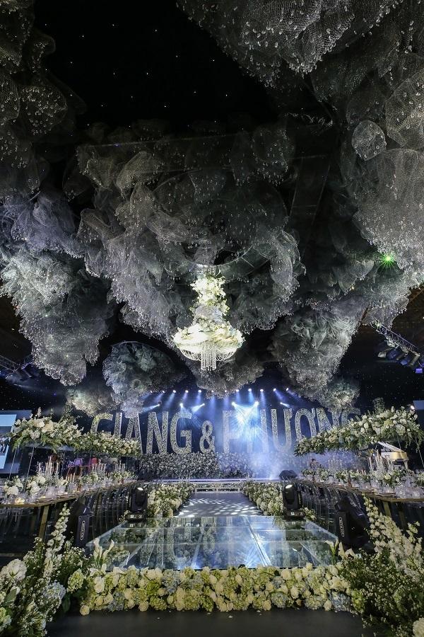 3 đám cưới đẹp như mơ và siêu hoành tráng của showbiz Việt6