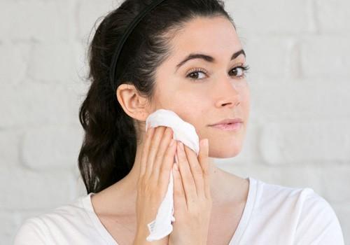 sữa rửa mặt cho da khô