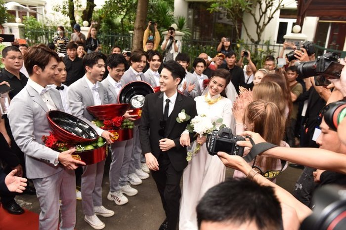 3 đám cưới đẹp như mơ và siêu hoành tráng của showbiz Việt2