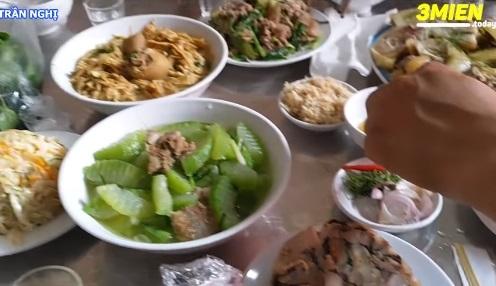 Xem clip làm cỗ cưới ở Nam Định, dân tình rần rần than nhớ quê