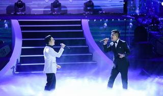 Tuấn Hưng xuất hiện bất ngờ, hát không cát xê trong show Quang Hà