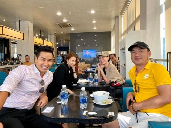 Sao Việt nô nức đi dự đám  cưới Đông Nhi-Ông Cao Thắng, Mỹ Tâm gửi quà chúc mừng