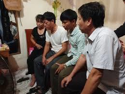Các gia đình ở Hà Tĩnh mong muốn được đón thi thể người thân ở Hà Nội
