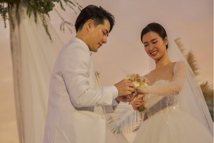 Ngô Thanh Vân nói gì khi nhận được hoa cưới của Đông Nhi và Ông Cao Thắng