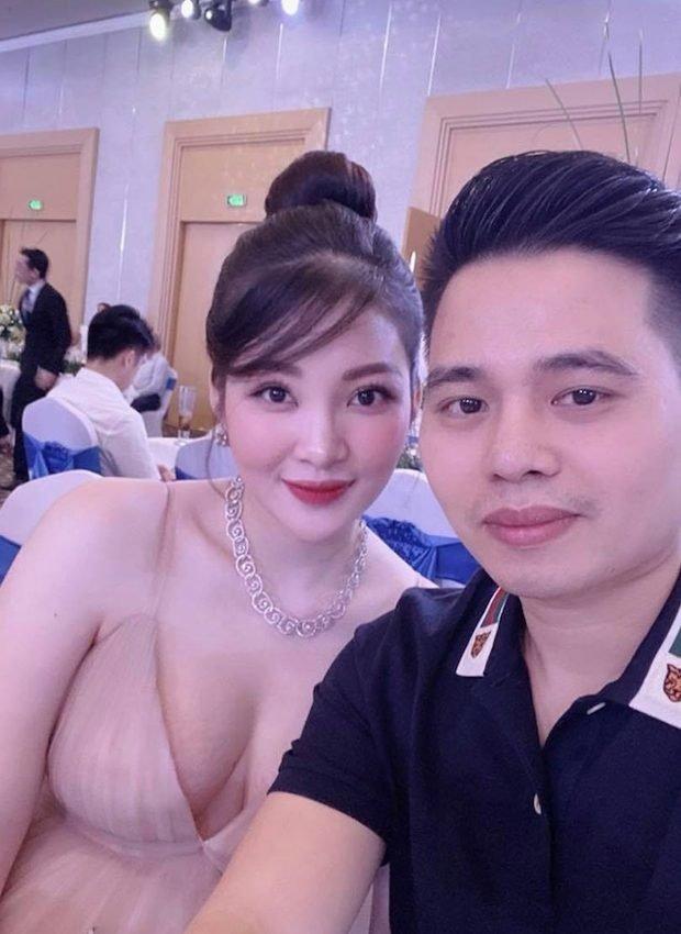 'Cô dâu 200 cây vàng' ở Nam Định ngày ấy gây bất ngờ về nhan sắc khi mang bầu