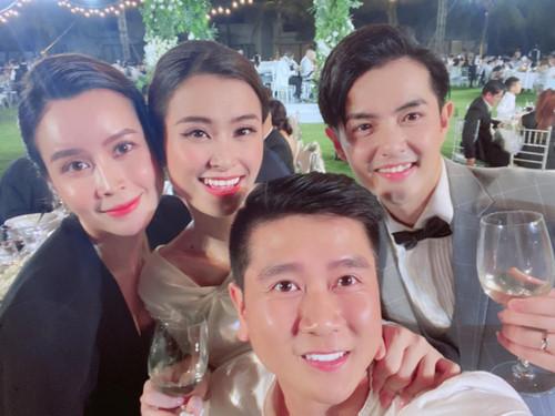 Lưu Hương Giang chia sẻ khoảnh khắc bên Hồ Hoài Anh trong đám cưới Đông Nhi - Ông Cao Thắng sau scandal ly hôn