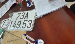 Chủ xe 'bàn tay vàng' bốc được biển 73A–149.53 gây xôn xao