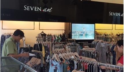 Tạm giữ hơn 9 nghìn sản phẩm của SEVEN.am để điều tra