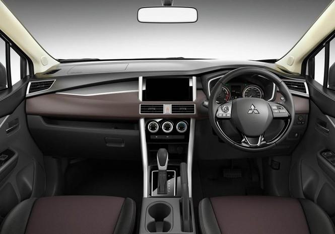 Mitsubishi Xpander phiên bản crossover giá hơn 450 triệụ đồng5