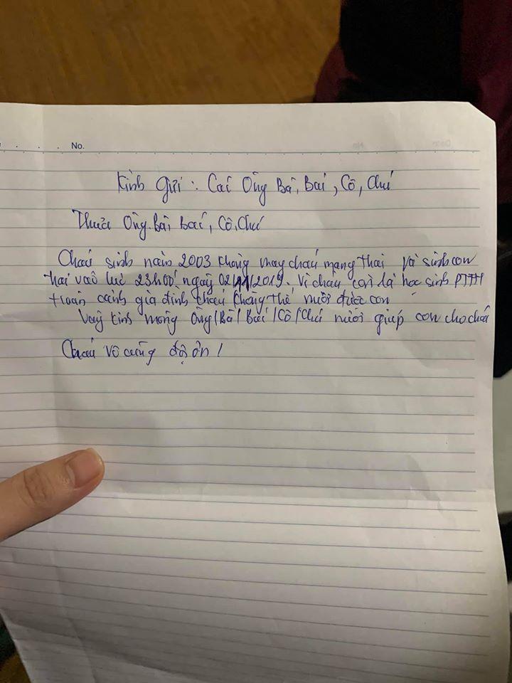 Bé trai bị bỏ rơi kèm lá thư nhờ nuôi hộ vi 'cháu là học sinh'