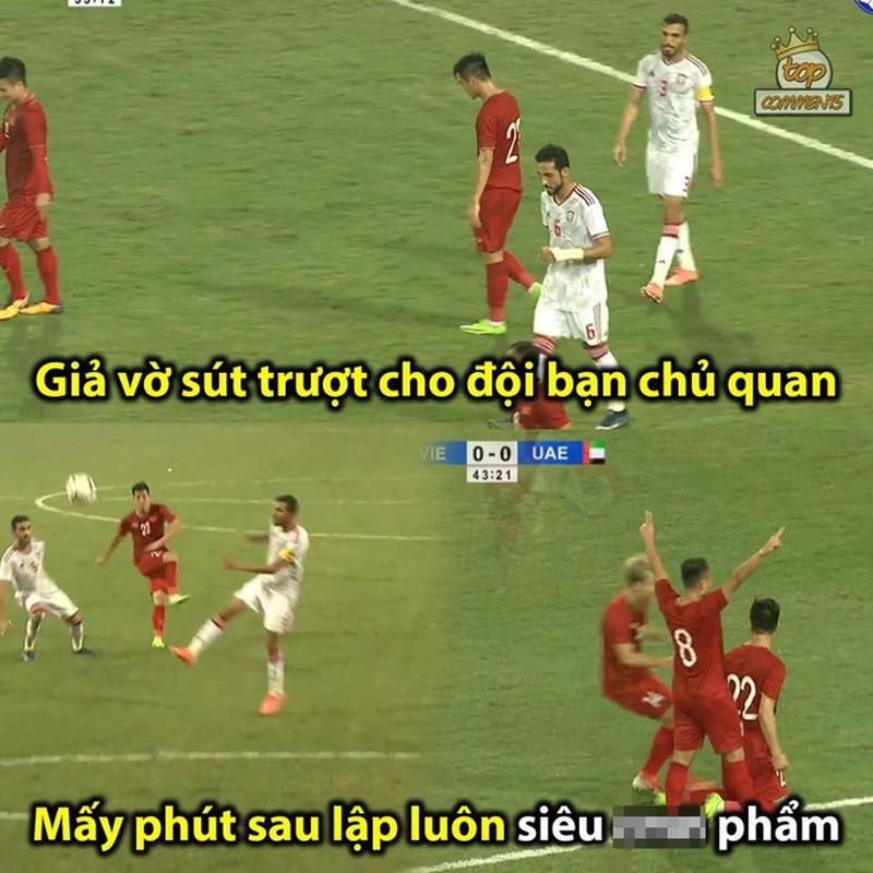 Loạt ảnh chế hài hước sau chiến thắng của tuyển Việt Nam