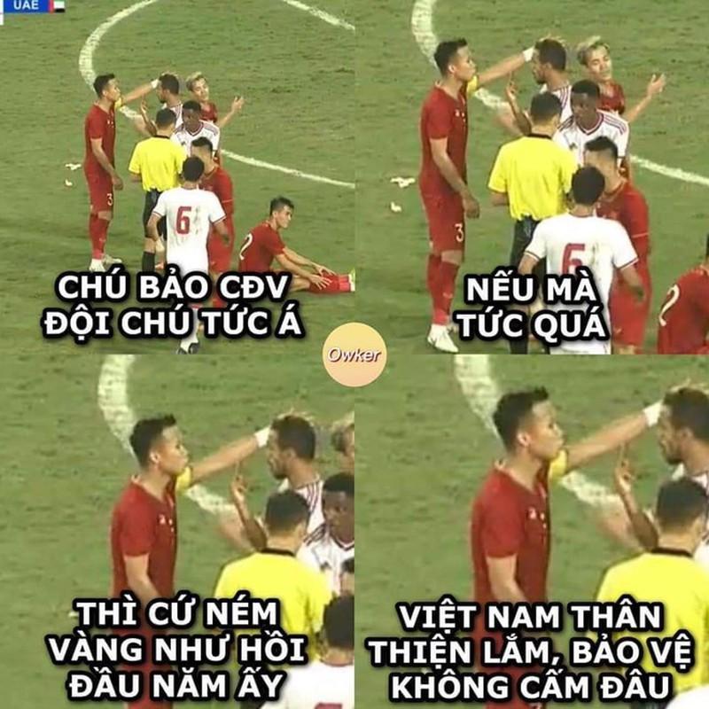 Loạt ảnh chế hài hước sau chiến thắng của tuyển Việt Nam6