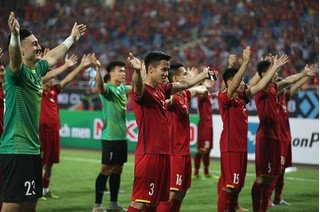 HLV Park không cho cầu thủ ăn mừng sau trận thắng UAE vì điều này