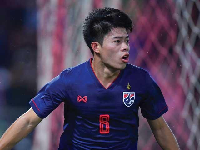 tiền vệ Ekanit Panya tự tin giành trọn 3 điểm khi rời sân Mỹ Đình