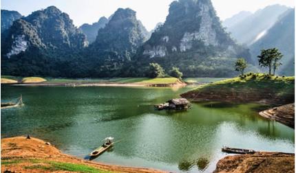 Khám phá vẻ đẹp mộng mơ kỳ bí của xứ Tuyên