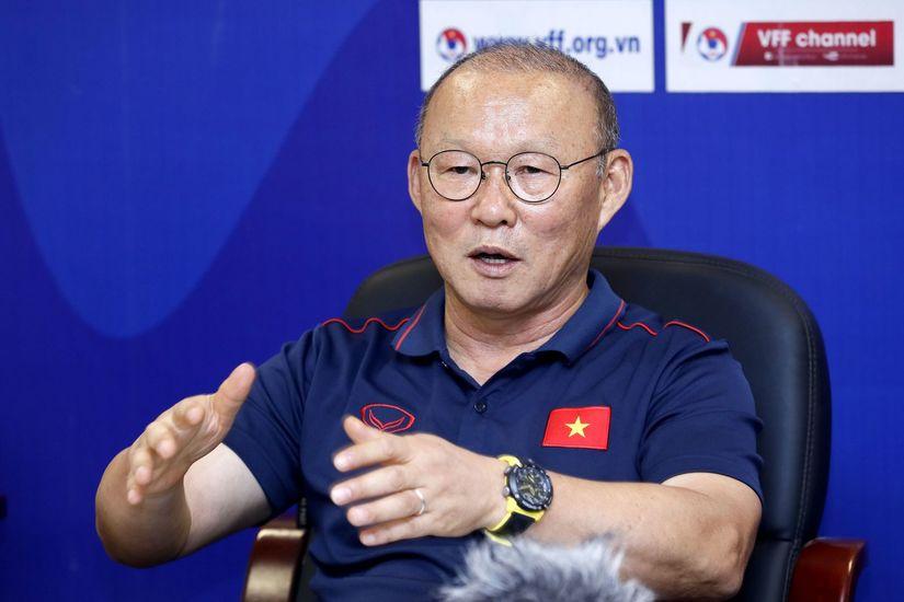 HLV Park Hang Seo tin Công Phượng sẽ ghi bàn vào lưới Thái Lan