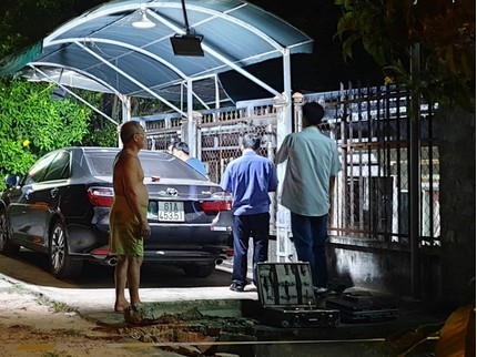 Vào quán nhậu, chủ ô tô bị đập kính trộm mất 1,5 tỉ đồng