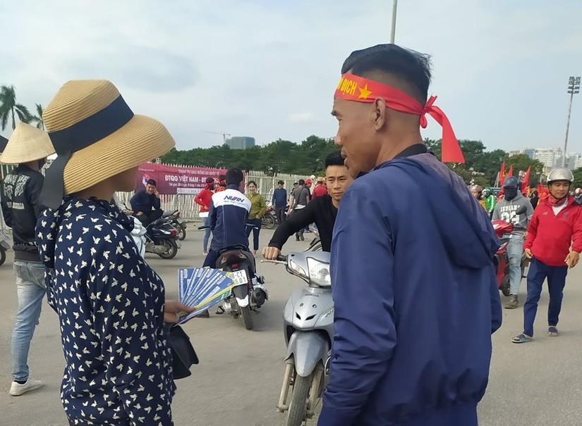 Vé trận Việt Nam – Thái Lan bị hét giá 'cắt cổ': Cao nhất 12 triệu/cặp