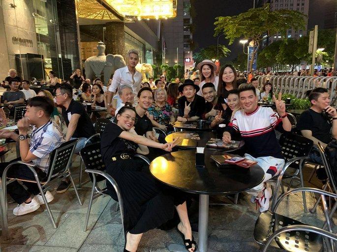 Sao Việt tự hào, khen ngợi hết  lời Đặng Văn Lâm và Văn Hậu