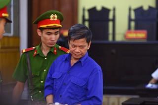 Vụ gian lận trong thi cử tại Sơn La: Phủ nhận lấy 1 tỉ đồng từ cựu sếp công an