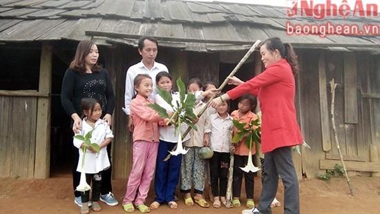 Món quà tặng thầy cô ngày 20/11 của học sinh vùng cao9