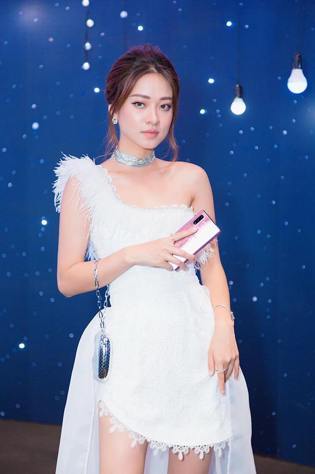 Hot girl Trương Hoàng Mai Anh bật mí về người đàn ông đại gia3