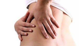 Chủ quan không đi khám khi đau bụng, người phụ nữ suýt phải cắt bỏ thận