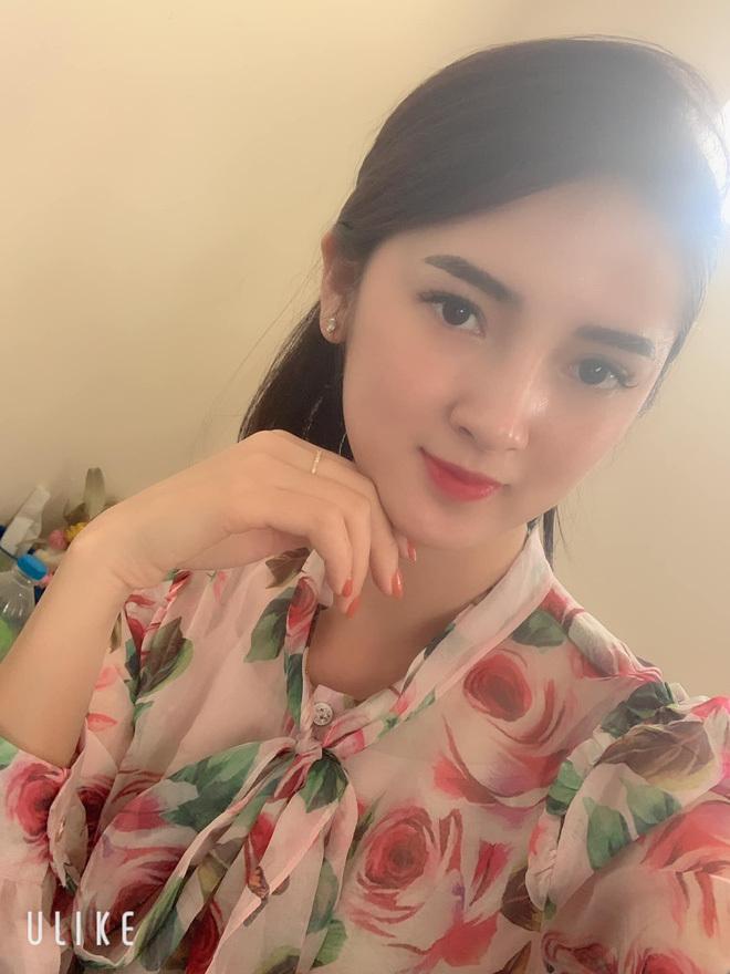 Nhan sắc xinh như hot girl của cô dâu Cao Bằng dát vàng4