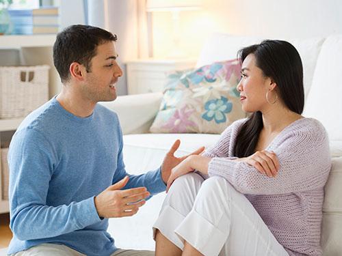 Học cách giao tiếp giúp cải thiện mối quan hệ vợ chồng