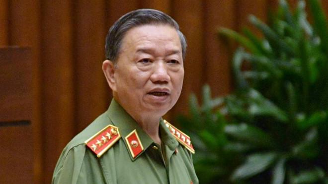 Bộ trưởng Tô Lâm lên tiếng vụ CSGT Đồng Nai tố cáo sếp 'bảo kê' xe quá tải