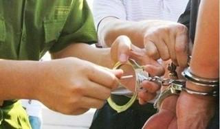 Bị truy nã 26 năm vẫn thản nhiên giữ chức Chánh văn phòng tòa án huyện
