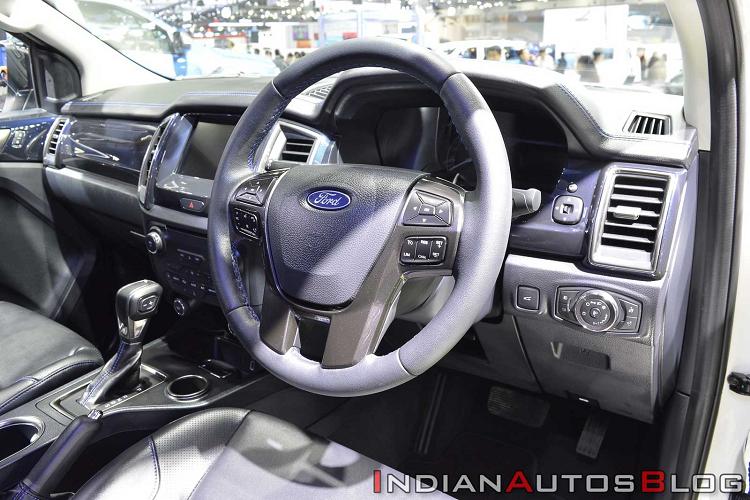 Ford Everest Sport 2020 giá 1,07 tỷ đồng được trang bị gì đặc biệt