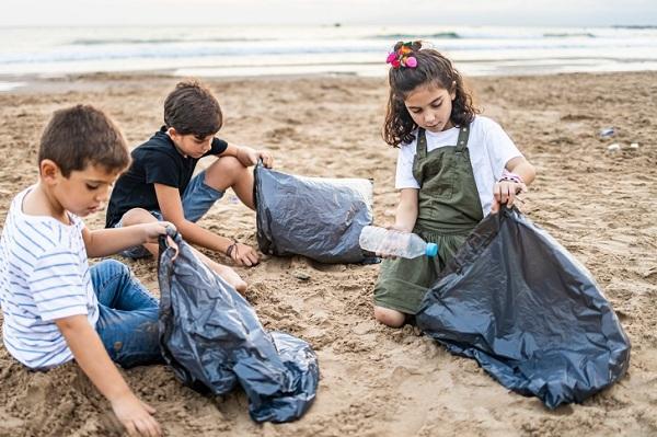 8 bài học cha mẹ cần dạy con để trẻ bảo vệ môi trường2