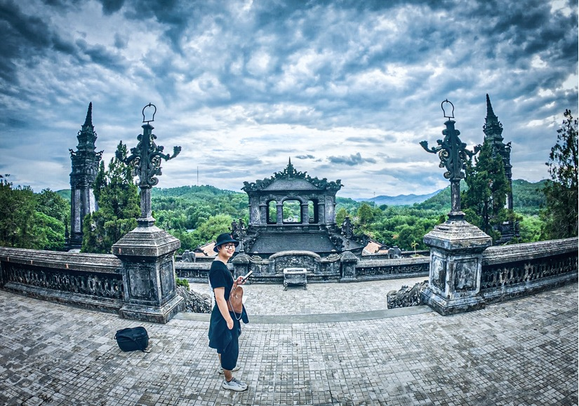 Chàng trai 'tung thính' bằng loạt ảnh check-in đẹp thần sầu trên hành trình xuyên Việt 8