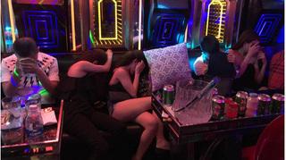 Hải Phòng: Bắt quả tang hàng chục đối tượng nam, nữ sử dụng ma túy trong quán karaoke