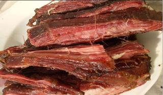 Thịt lợn gác bếp giá rẻ, chất lượng thực sự như thế nào?