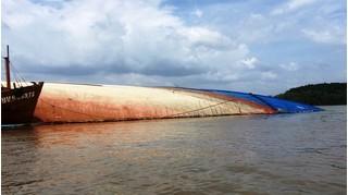 Vụ chìm tàu trên sông Văn Úc: Vẫn chưa tìm thấy hai vợ chồng gặp nạn