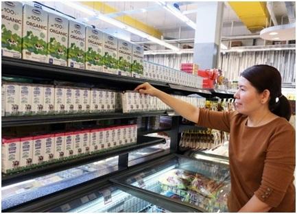 Sữa tươi organic Vinamilk dành được cảm tình của người dân Singapore4
