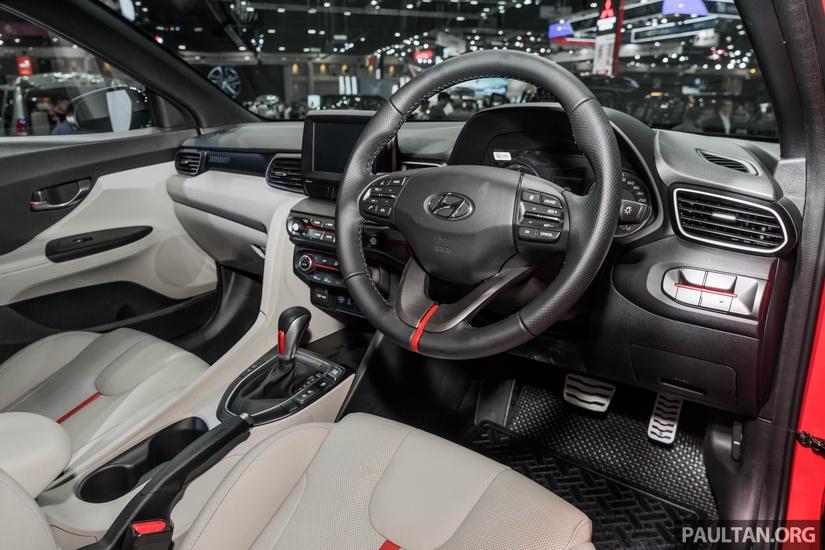 Hyundai bất ngờ ra mắt Veloster Turbo 2020, nâng cấp từ trong ra ngoài3