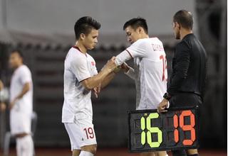 Cầu thủ nào sẽ được HLV Park dùng thay Quang Hải ở trận gặp Thái Lan?