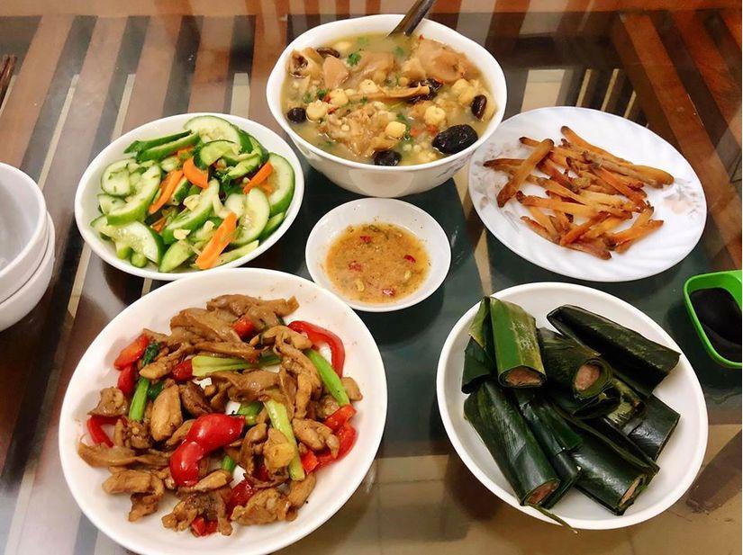 Vợ bầu 9X đảm đang hết nấc, nấu ăn ngon và bổ dưỡng miễn chê9