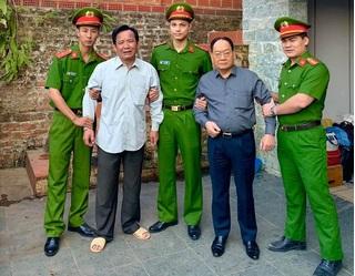 Ảnh Quang Tèo bị công an bắt khẩn cấp khiến dân mạng 'ngã ngửa'