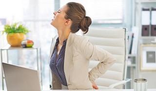 Dân văn phòng bỏ ngay thói quen này để tránh bệnh xương khớp nghiêm trọng